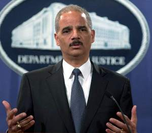 Eric Holder signed warrant  naming James Rosen in esponage probe.